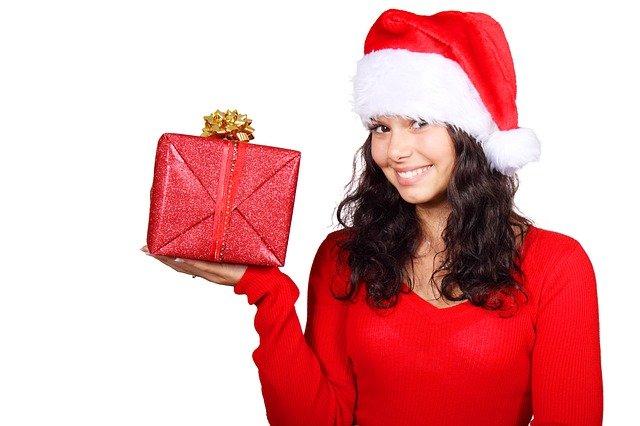 从圣诞折扣中选择最好的美容护肤精品套装